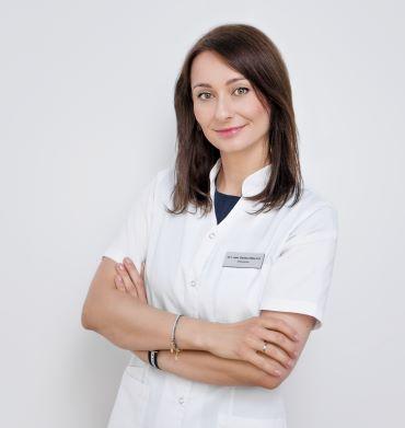 Właściciel lekarz w centrum medycznym Fika